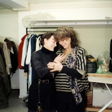 Glenn Close und Barbara Baum bei Anproben zu DAS GEISTERHAUS (DE/DK/PT 1993)