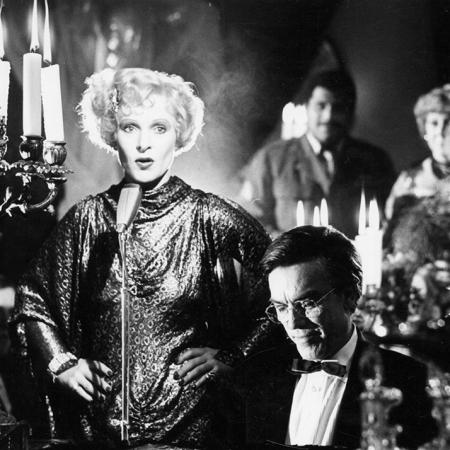 DIE SEHNSUCHT DER VERONIKA VOSS (BRD 1982) Szenenfoto mit Rosel Zech (Veronika Voss)