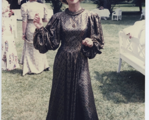 Väter und Söhne: Julie Christie im Goldlamé-Kleid
