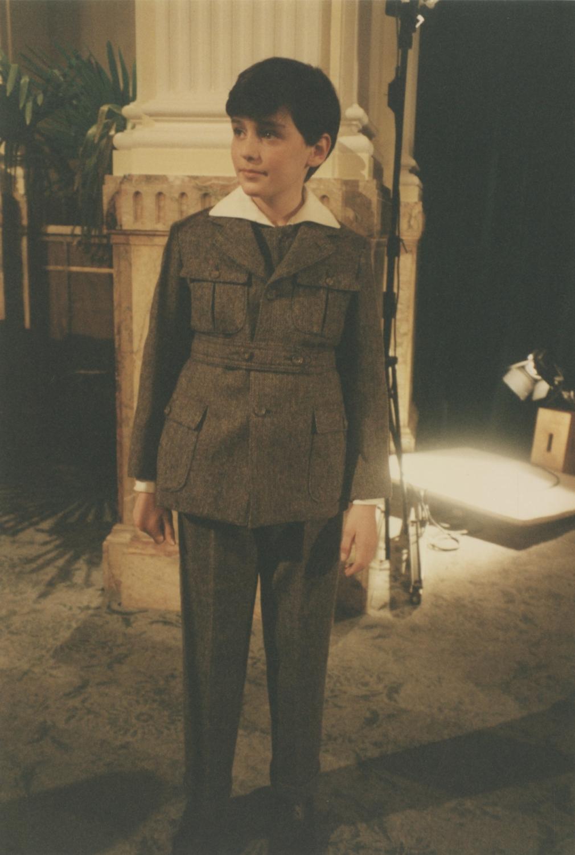 Burning Secret: Farbfoto von David Eberts als Edmund