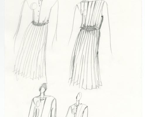 Homo Faber: Entwurf für das beige Plissee-Kleid