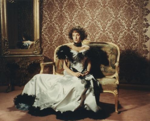 Becoming Colette: Szenenfoto mit Virginia Madsen